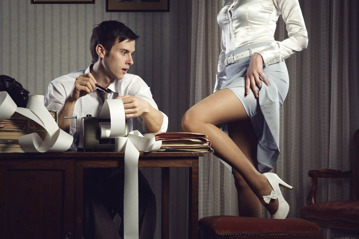 Секретаршу говорит с женой 14 фотография