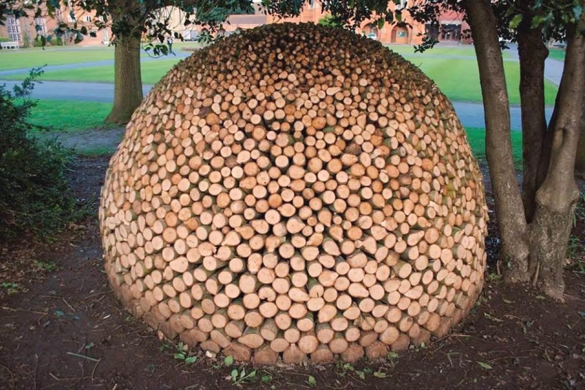 Resultado de imagen para stacking firewood on pallets